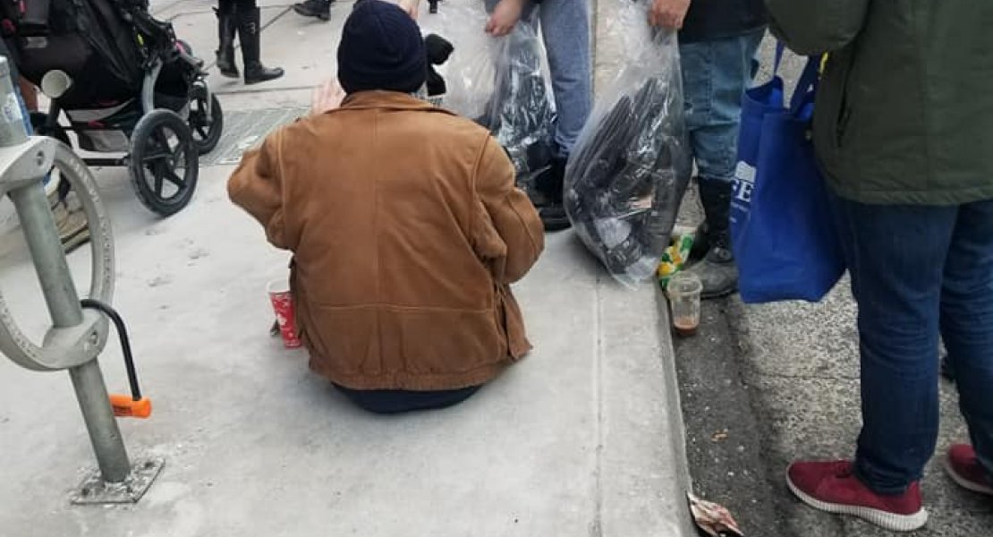 Keith Komar and the Scarborough-Centre Constituency Association Handing out gloves and sandwiches to Toronto's homeless